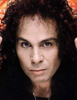 ronnie-james-dio-foto-696x391